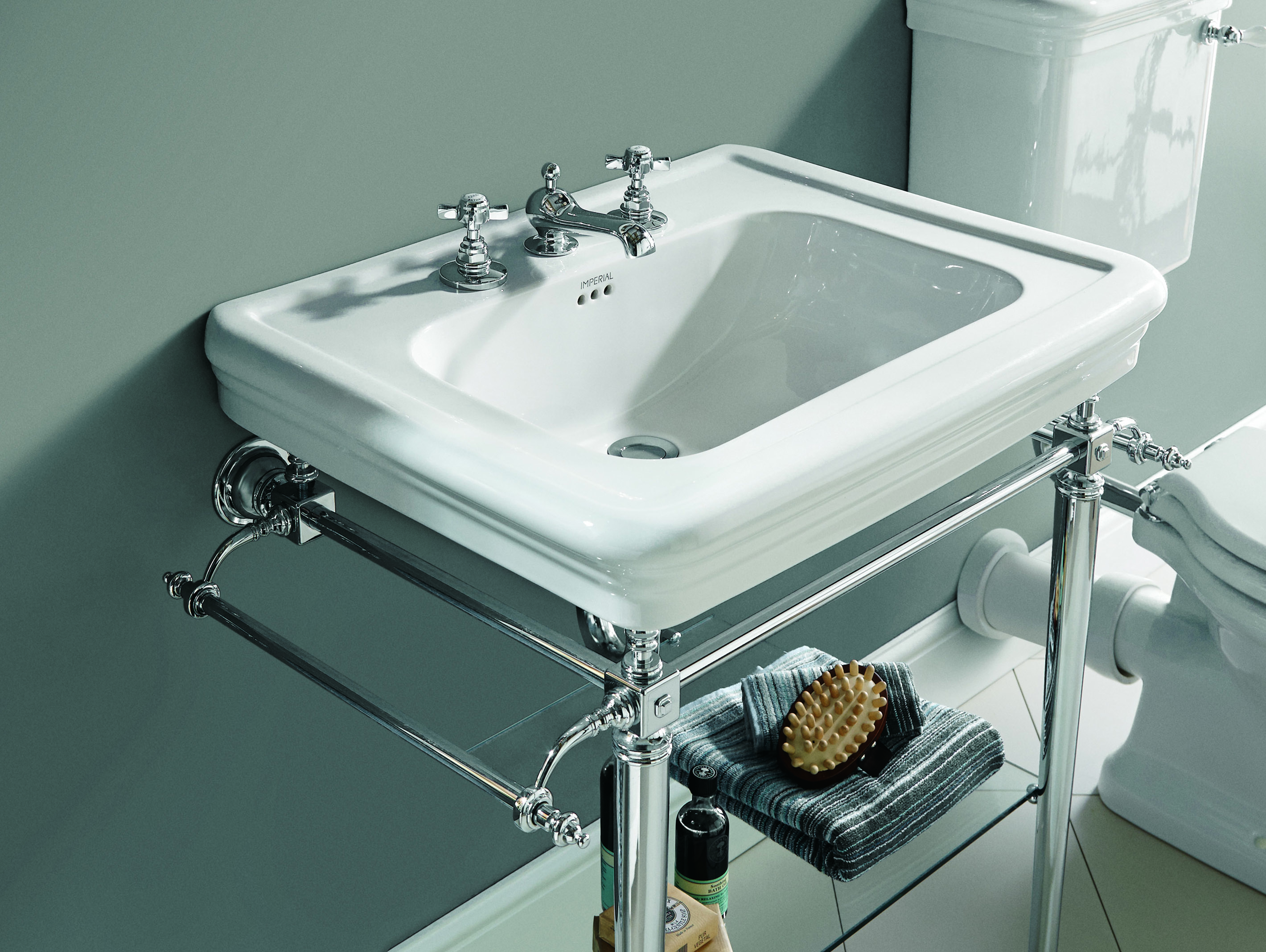 _Centre 3. Etoile Vergennes Large Basin Stand – HR