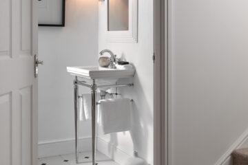 3. Astoria Deco Small Basin & Cloak Basin Stand_HR