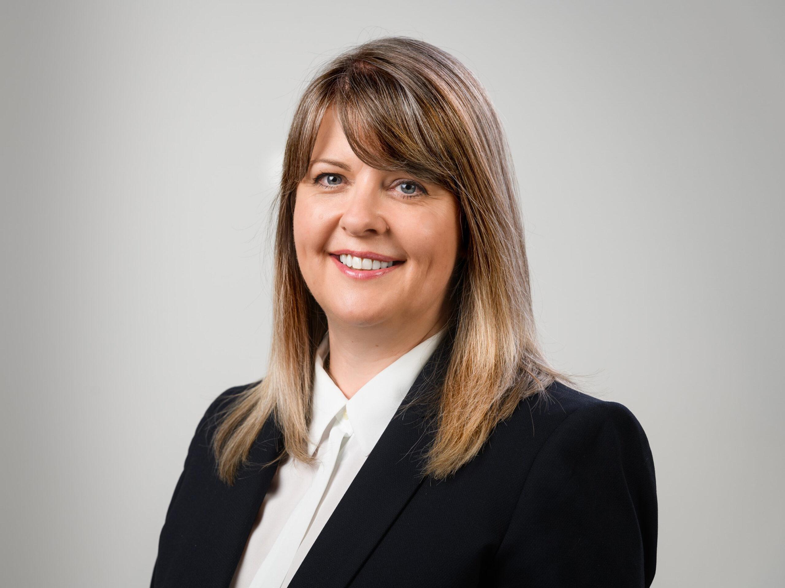 _Lisa Douglas, Internal Sales Manager, IBC Group_HR
