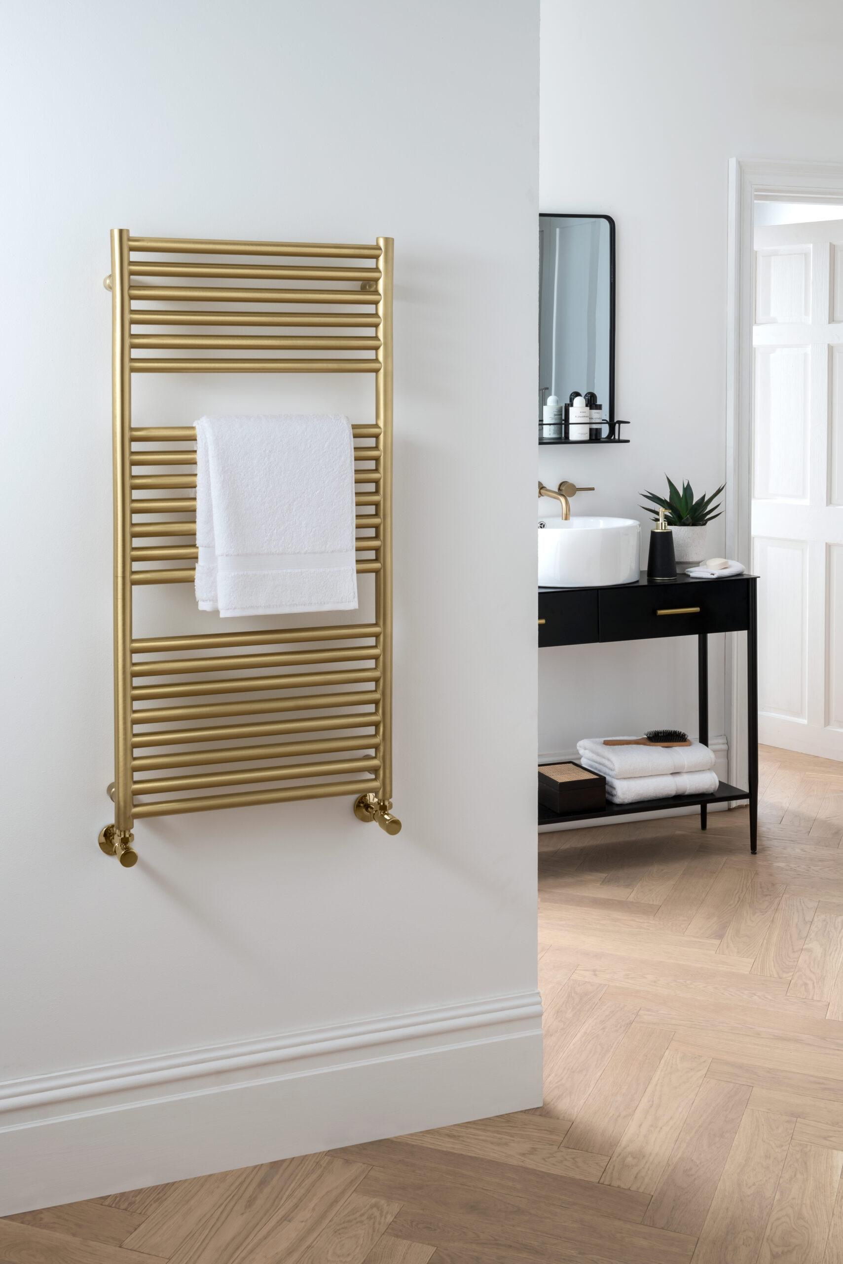 _Studio MD006 Brushed Brass by Vogue (UK) – HR